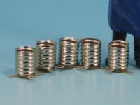 5 Messing-Fassungen E 10, mit je 2 Lötfahnen, vernickelt