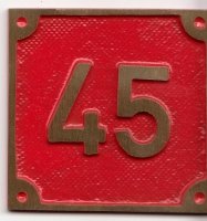 Schild aus Messingguss 60 x 60 mm, mit Nummer 45