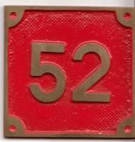 Schild aus Messingguss 60 x 60 mm, mit Nummer 52