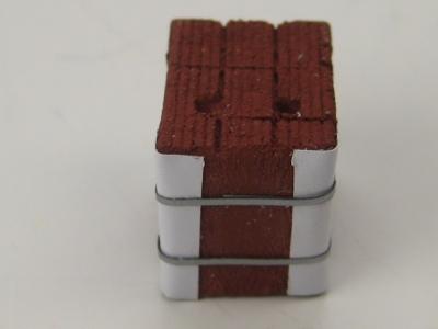 DUHA Ladegut 11501 - 1 Stapel Ziegelsteine verspannt (Spur H0)