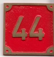 Schild aus Messingguss 60 x 60 mm, mit Nummer 44